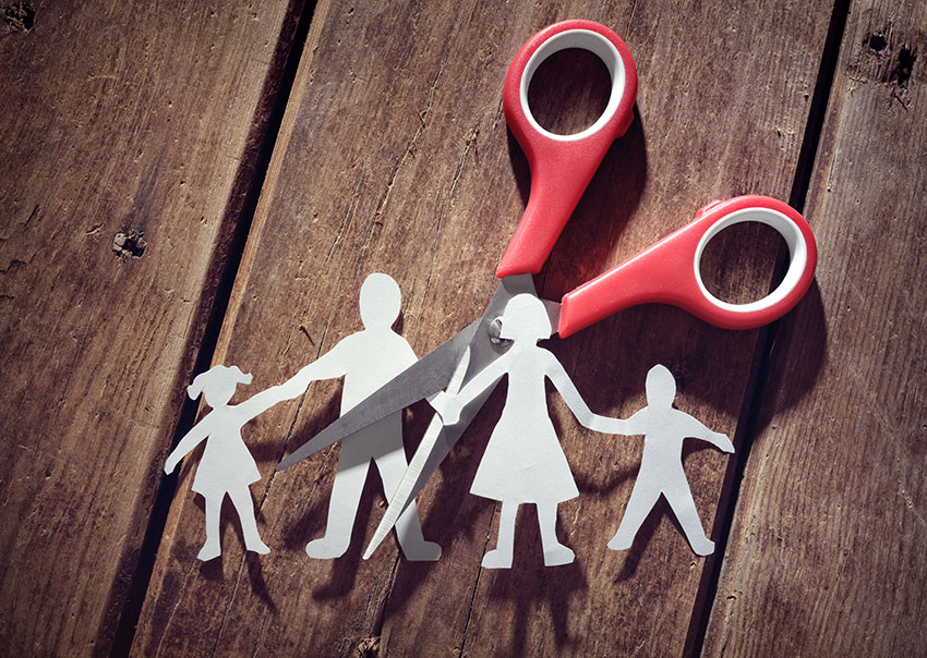 divorce-and-child-custody-A4CLFTJ